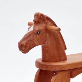 Cavallo a dondolo in legno sauro Amazing Ruby